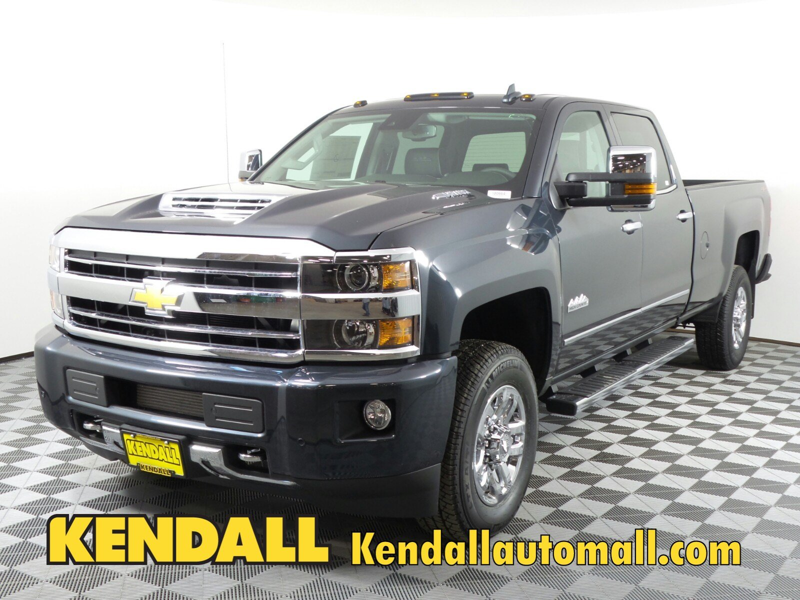 High Country Chevy >> New 2018 Chevrolet Silverado 3500hd High Country 4wd In Nampa