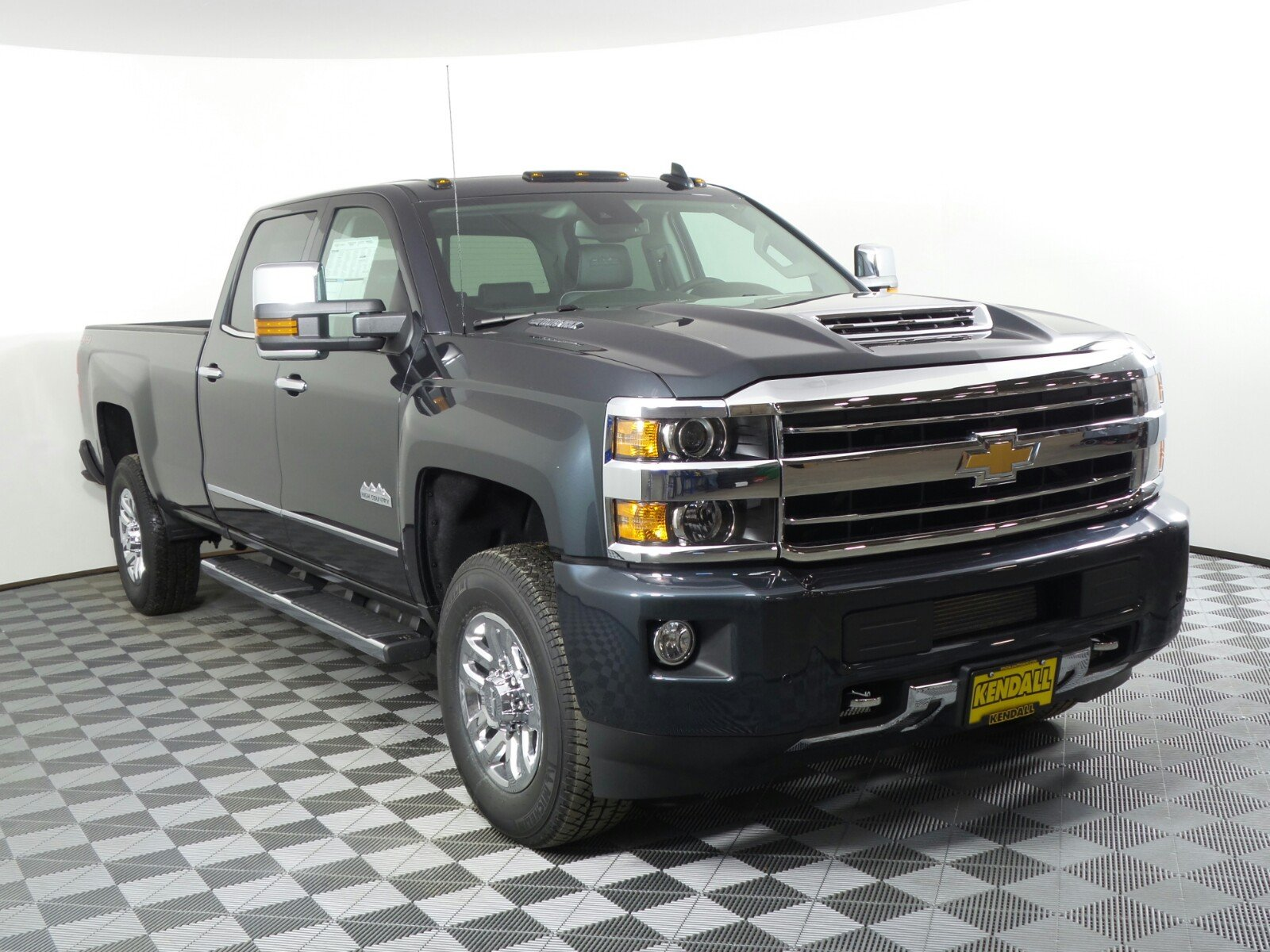 Kendall Auto Mall >> New 2018 Chevrolet Silverado 3500HD High Country 4WD in Nampa #D180664 | Kendall at the Idaho ...