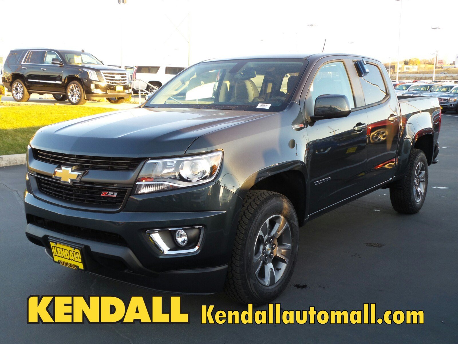 new 2018 chevrolet colorado 4wd z71 in nampa 180529 kendall at the idaho center auto mall. Black Bedroom Furniture Sets. Home Design Ideas