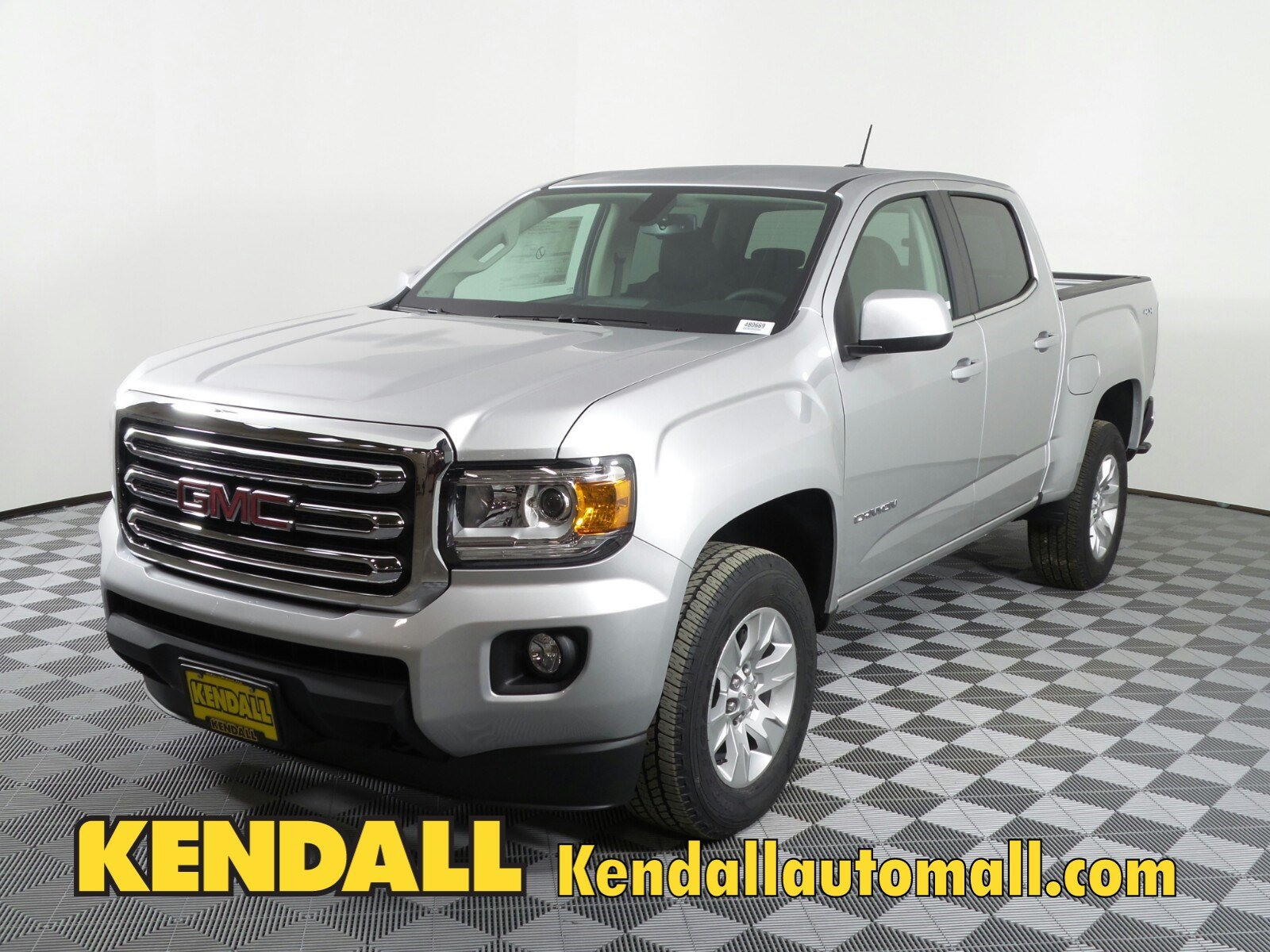 Lease a New 2018 GMC Canyon Crew SLE 4WD