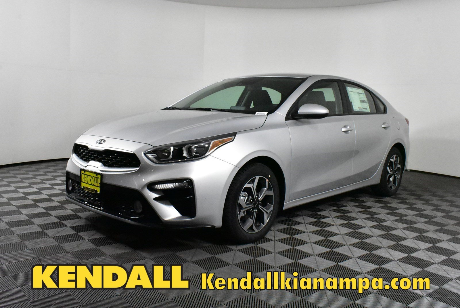 Lease a New 2020 KIA Forte LXS